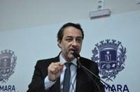Alex Martins defende implantação de sistema de estacionamento rotativo eletrônico e por aplicativos