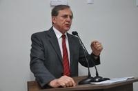 Antônio Gomide questiona artigos referentes a renovação do contrato com a Saneago
