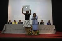 Berenice Piana, ícone na defesa dos  autistas, recebe título de cidadã anapolina