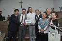 Câmara entrega Certificado Vereadora Vilma Rodrigues a pessoas que se dedicam a ajudar idosos