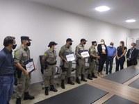 Câmara entrega moções de aplauso a policiais por ato de bravura e redução da criminalidade