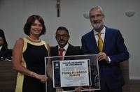 Câmara entrega Título de Cidadão Benemérito da Comunidade ao ex-prefeito Pedro Sahium