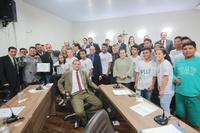 Câmara homenageia Banda de Percussão do Colégio Leiny Lopes de Souza por conquista de título nacional