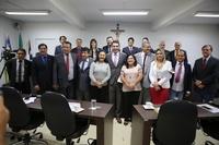 Câmara Municipal de Anápolis recebe visita do presidente da União dos Vereadores de Goiás