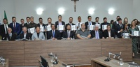 Câmara Municipal homenageia 20 jovens de destaque em diferentes áreas de atuação