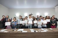 Câmara presta homenagem a professores municipais por Olimpíada Municipal do Conhecimento