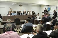 Câmara recebe prefeito Roberto Naves para prestação de contas do 1º quadrimestre de 2017