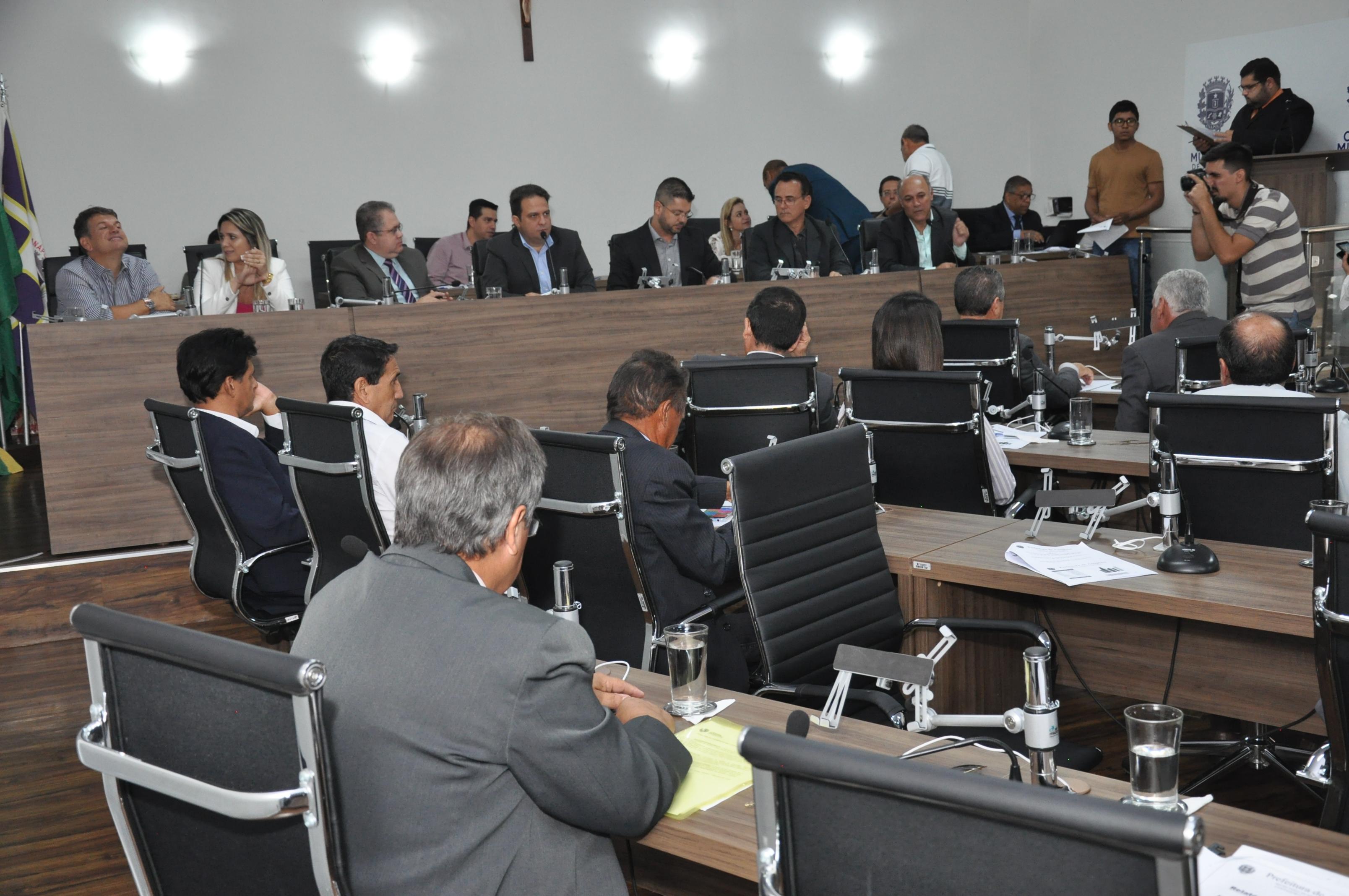 Câmara recebe prestação de contas da Prefeitura do 3º quadrimestre de 2018