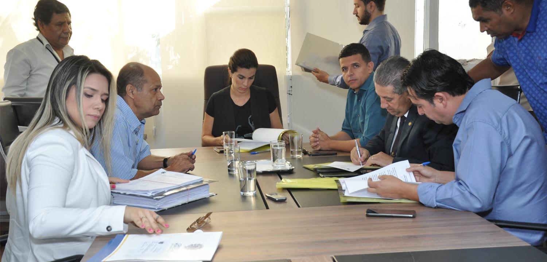 CCJR dá parecer favorável a dois projetos do Poder Executivo