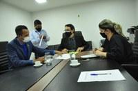 Comissão de Educação analisa projetos de Alex Martins e do Prefeito Roberto Naves