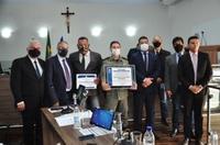 Deusmar Japão concede título de cidadania anapolina ao coronel PM Walter Caetano