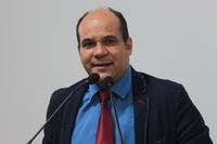 Domingos Paula elogia desempenhos da Câmara e da Prefeitura em 2017