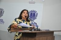 Professora Geli diz que não é contra novo distrito, mas vota contra projeto por questão técnica