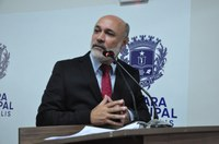 Jakson Charles explica procedimento que pode legalizar imóveis comerciais no Anápolis City