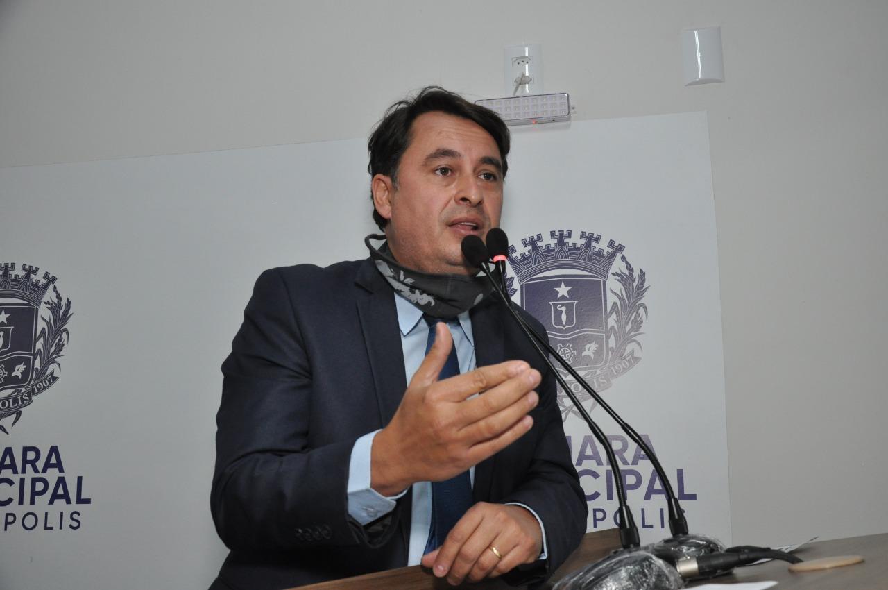 Jean Carlos defende extensão de horário de funcionamento para salões de cabeleireiros