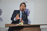 Jean Carlos explica que projeto de lei garante remédio ao cidadão e evita judicialização na Saúde