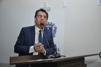 Jean Carlos pede que município priorize atendimento de idosos com sintomas da covid-19