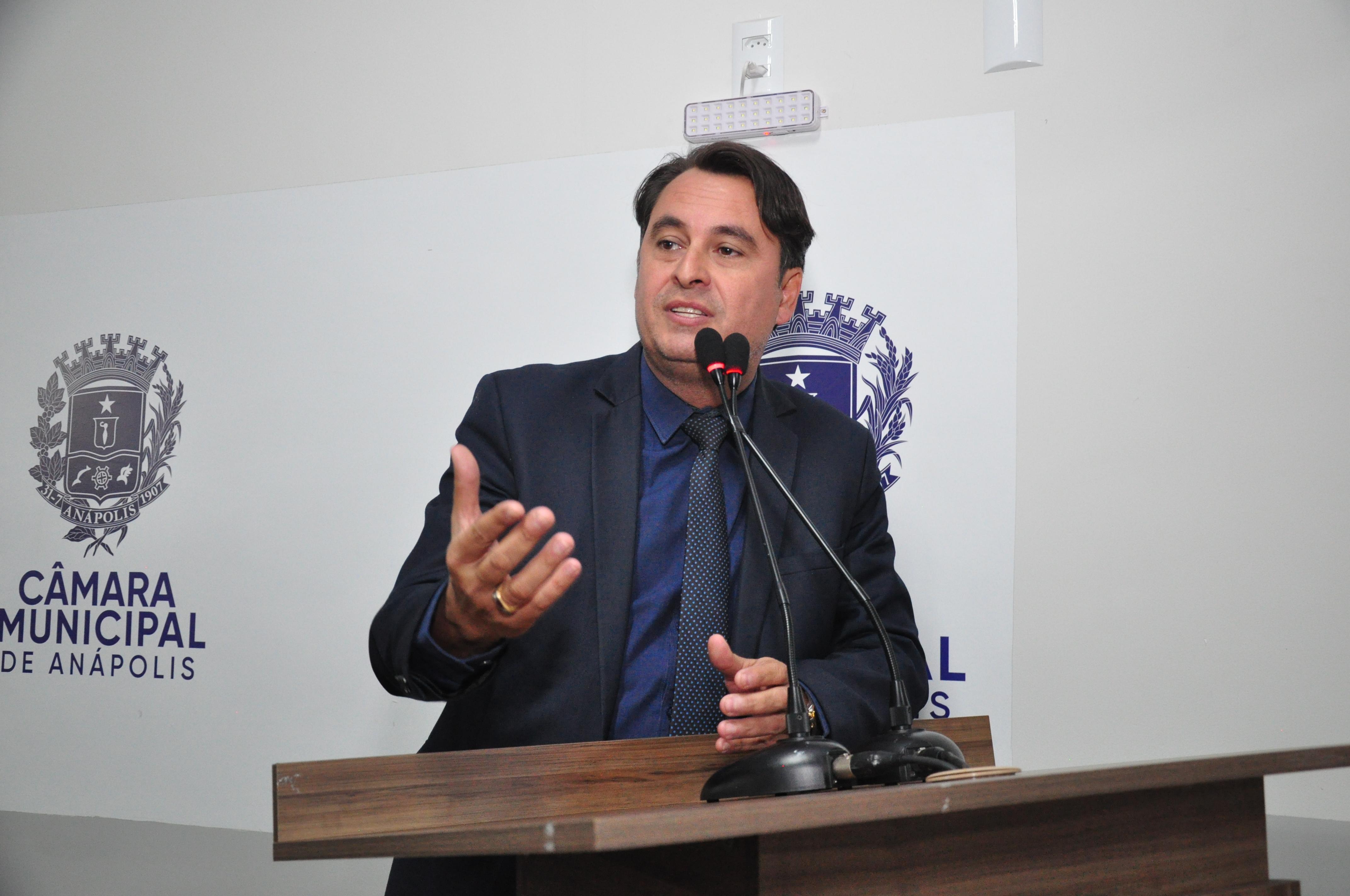 Jean Carlos relaciona obras municipais em andamento que contaram com sua indicação