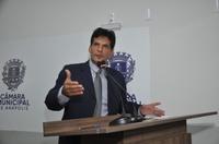 João da Luz cobra governo federal para que libere recursos para a área habitacional
