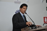 João da Luz destaca aprovação na CCJR de projeto que permite instalação de bloqueador de ar na rede de água