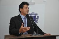 João da Luz diz que prefeito é coerente ao esperar reajuste do Fundeb para repassar aos professores