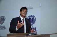 João da Luz pede informações sobre a demanda reprimida por vagas em creches de Anápolis