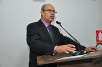 João Feitosa comemora ordem de serviço da prefeitura para obras de infraestrutura no Jardim Luzitano