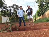 Leandro se compromete a atender demandas de moradores do Jardim Promissão