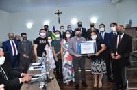 Médico Wilson Sena recebe Título de Cidadania Benemérita