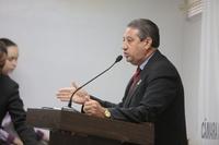 Pastor Elias critica tumulto de jovens em via pública na Cidade Universitária