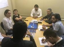 Pastor Elias participa de reunião entre boxistas do Mercado Municipal com Adriano Baldy