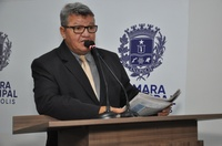 Pedro Mariano critica governo estadual pelo fechamento de 18 escolas e extinção de 59 turnos