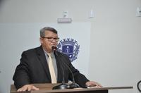 Pedro Mariano defende matéria que contrata seguro para garantir execução de obras públicas