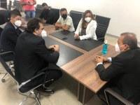 Policial Federal Suender e direção do SINPF GO reforçam apoio mútuo durante reunião na Câmara