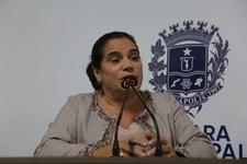 Professora Geli divulga curso de formação de cidadania do Grupo da Praça em Movimento Político