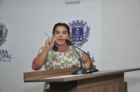 """Professora Geli diz que """"Educação do Brasil está de luto"""", com cortes de investimentos na Educação"""