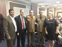 Professora Geli e Pastor Elias representam a Câmara Municipal na troca de comando do 28º BPM em Anápolis