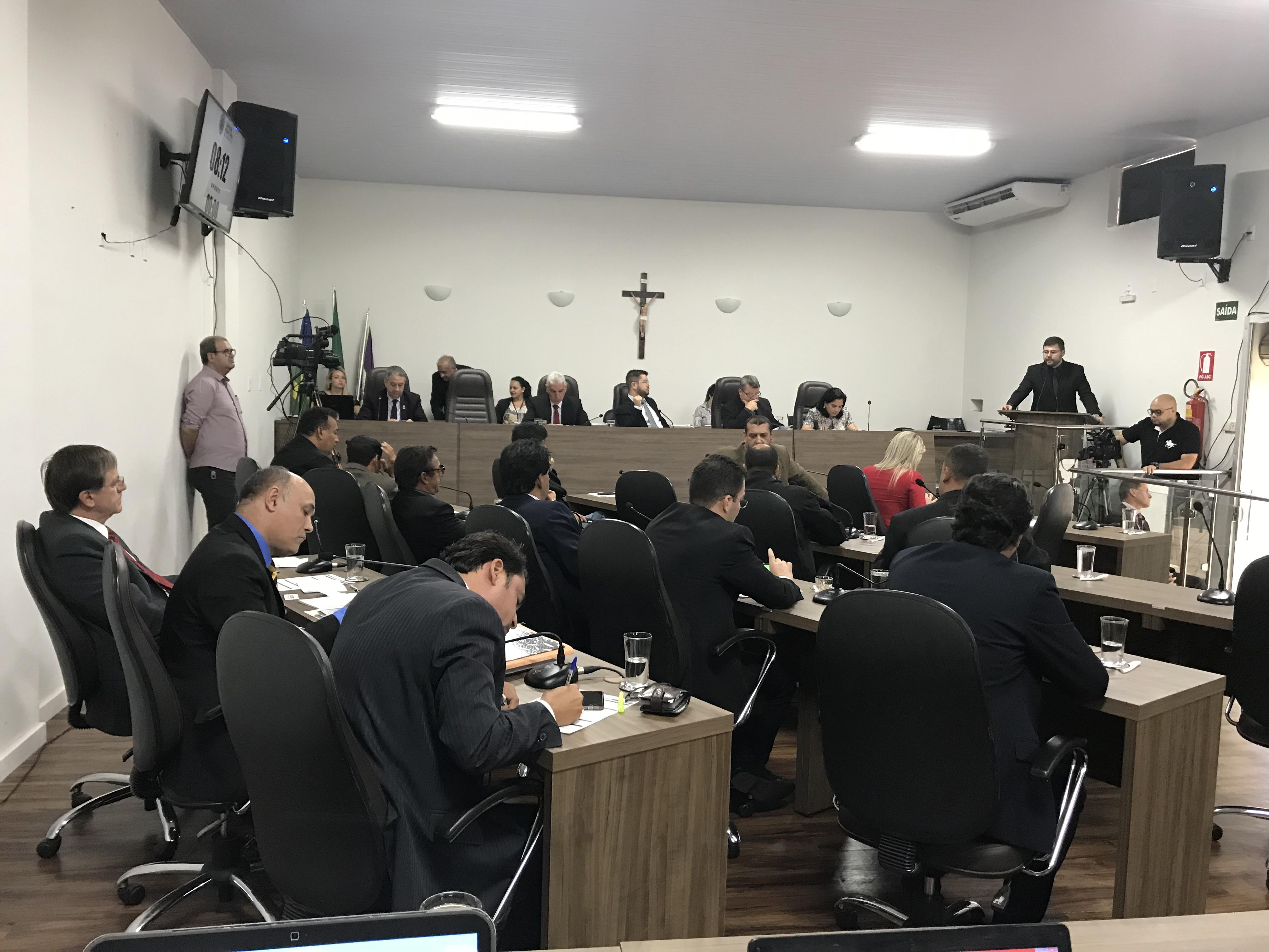 Sessão Ordinária desta segunda-feira é marcada por homenagens à vereadora Vilma Rodrigues