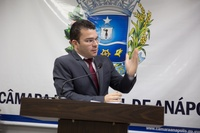 Teles Júnior lamenta violência que atinge a população e prejudica o comércio