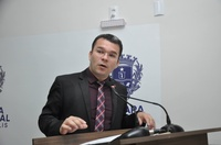 Teles Júnior cobra medidas para amenizar impacto do coronavírus no setor produtivo
