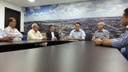 Teles Júnior representa Câmara em debate entre lojistas e Prefeitura para liberação de estacionamento no centro em dezembro