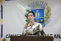 Thaís defende liberdade de imprensa e lamenta morte de jornalistas no Brasil