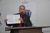"""Vereador Pastor Elias chora e diz que fechamento do pronto-socorro da Santa Casa """"é uma tristeza"""""""