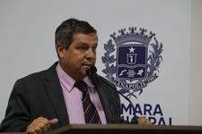 Vereador Paulo de Lima alerta sobre importância do combate a dengue