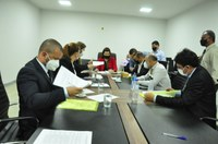 Vereadora Thaís nomeia relatores para análise de sete projetos na CCJR