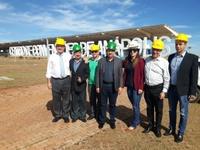 Vereadores anapolinos participam de inspeção às obras de construção do Centro de Convenções de Anápolis; inauguração está agendada para 6 de abril