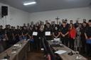 Vereadores homenageiam policiais militares da CPE por atos de bravura