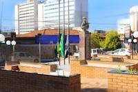 Vereadores participam de entrega da reforma da Praça dos Expedicionários