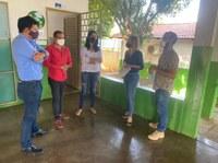 Vereadores visitam escola e área onde será construída nova unidade de ensino