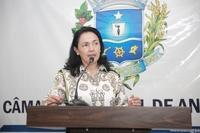 Vilma repercute veto do prefeito ao projeto do aleitamento materno